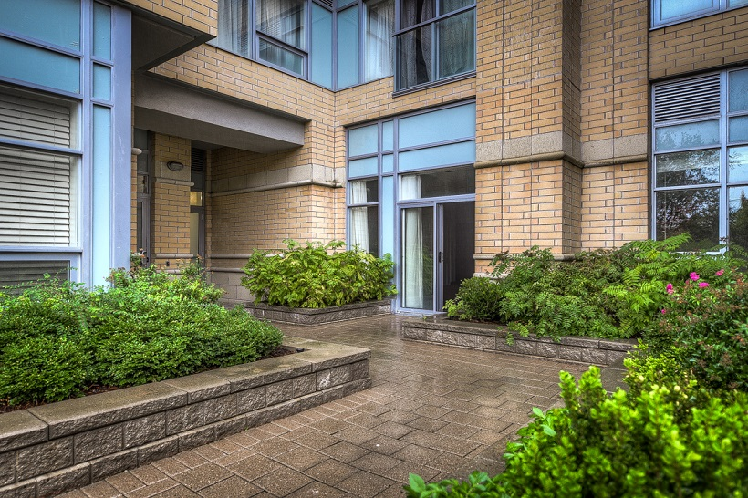 114 – 701 Sheppard Ave West