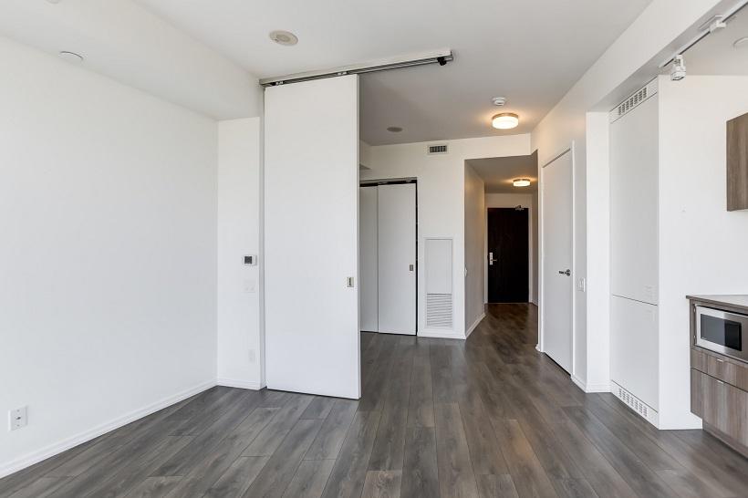 3105 – 125 Peter Street